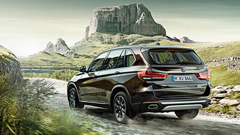 BMW X5 Series extreme driving conditions